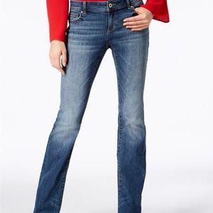 I.N.C. Curvy-Fit 5 Pocket Bootcut Jeans Size:6P